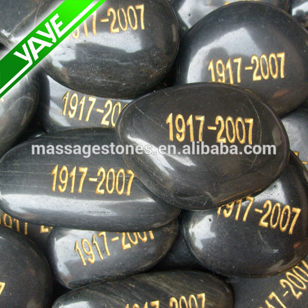 Craving etched Memorial words stone: Engraved wish stone cobbles